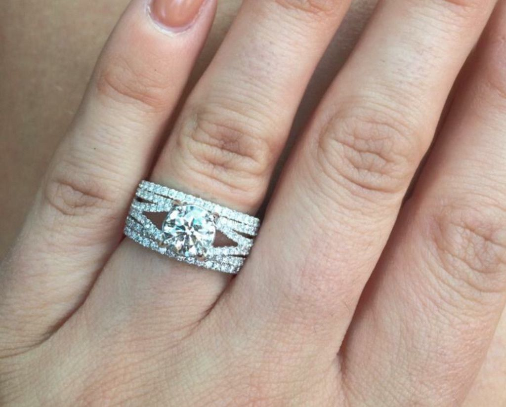 Seth-Rollins-ring