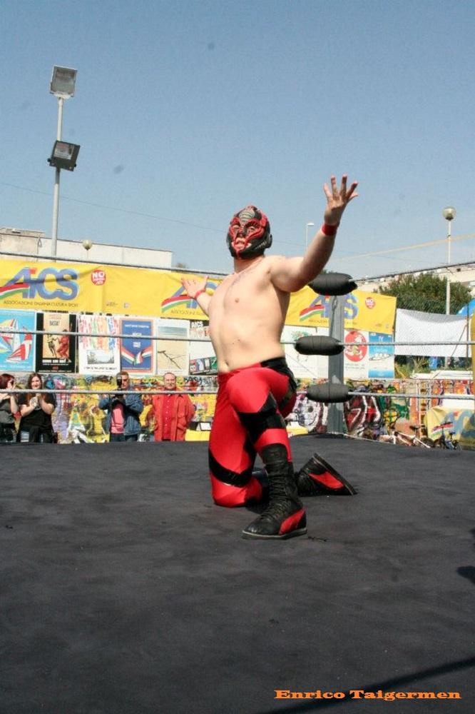 Red Scorpion (3)