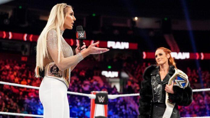 WWE: Charlotte giudicata responsabile della sfiorata rissa con Becky e mandata via dall'arena