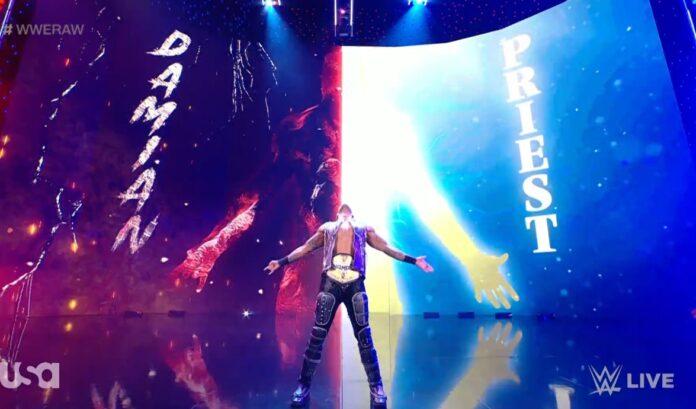 WWE: Nuova theme e nuovo ingresso per Damian Priest, dite addio all'arciere